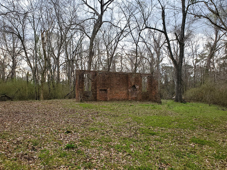 Elizabeth Female Academy ruins