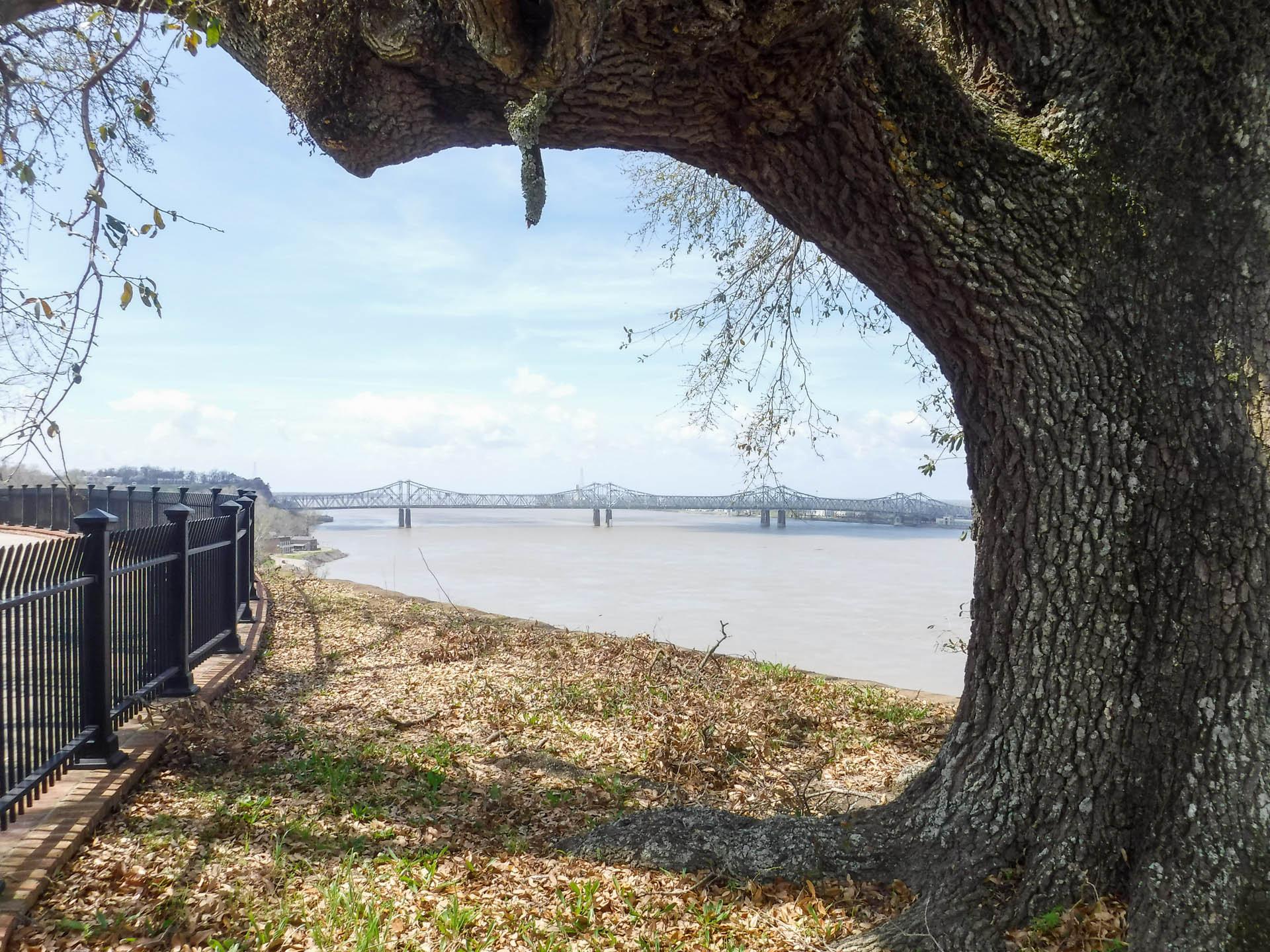 Mississippi River with bridge