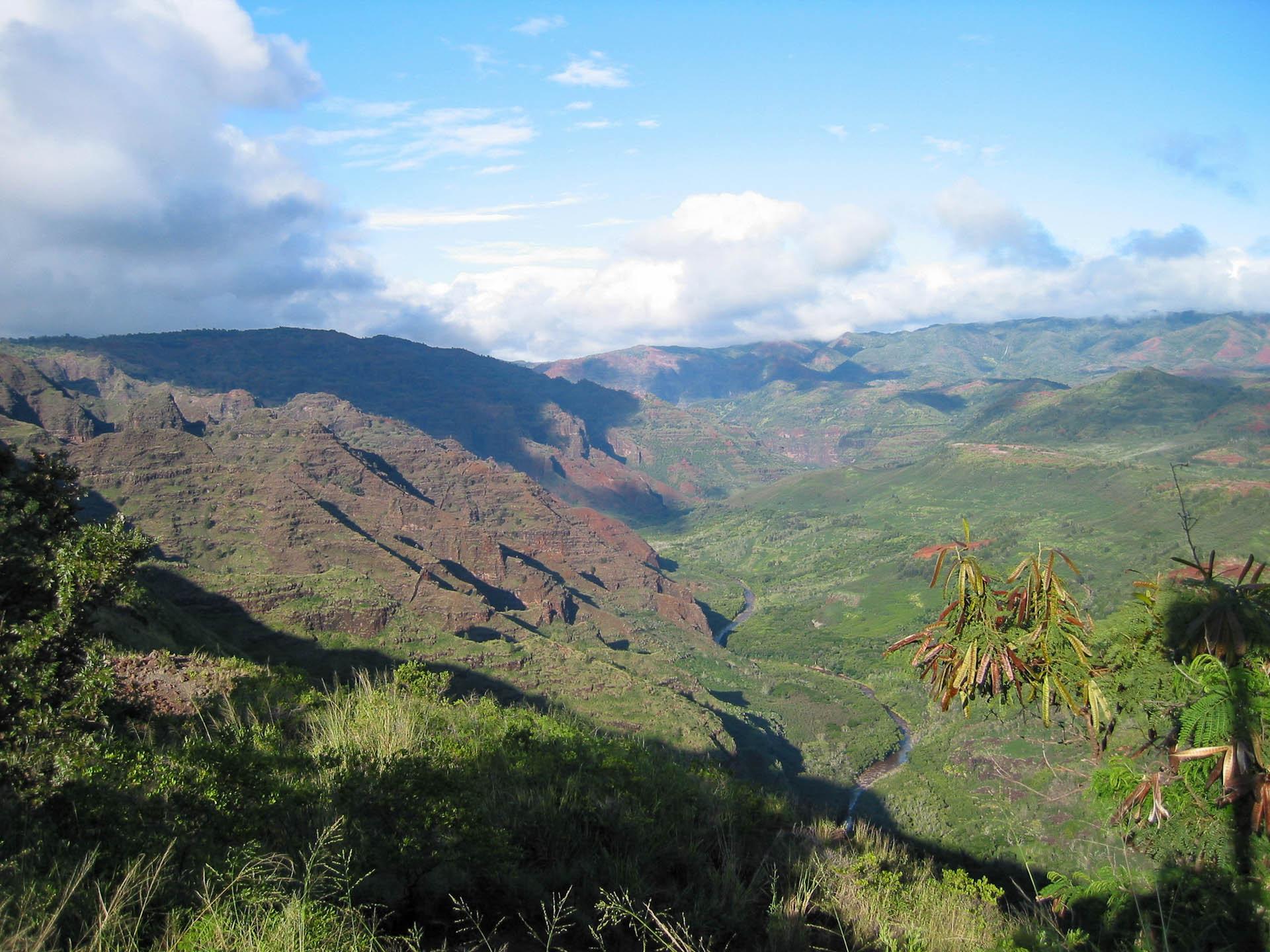 mountains on Kauai
