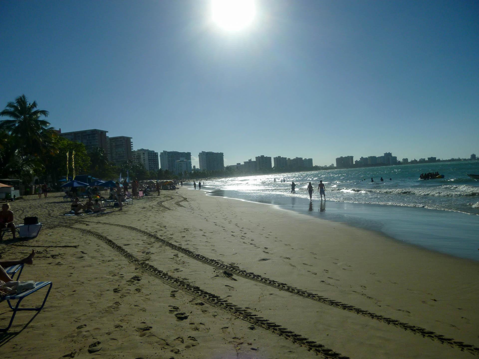 beach at Isla Verde
